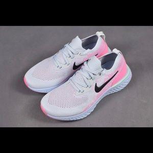 Nike Epic React Flyknit Women's runner sneaker